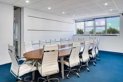 Large Conference Room (2)