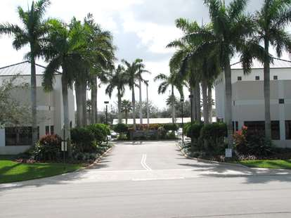Virtual Offices in Florida - Quantum Lakes Drive Executive Center #2393