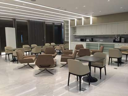 lobby Parnas Tower