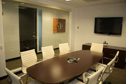 mid size conference room