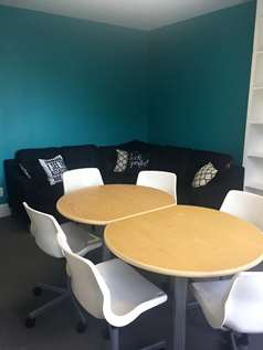 Lounge Meeting Space